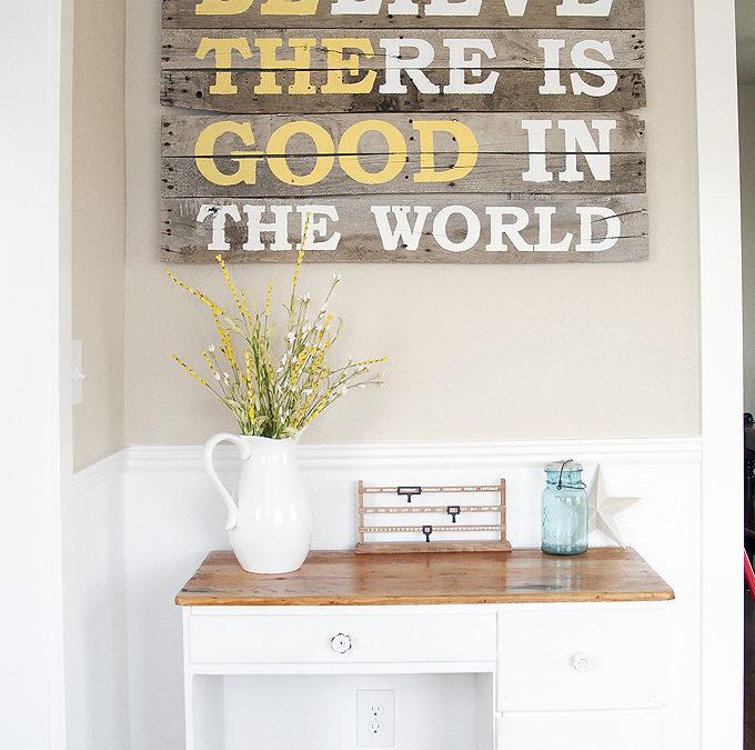 DIY Pallet Wood Sign – Blooming Homestead