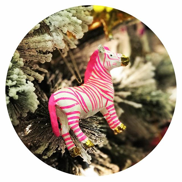 hot pink + striped  | FAVE #holidayornaments @maris_dehart